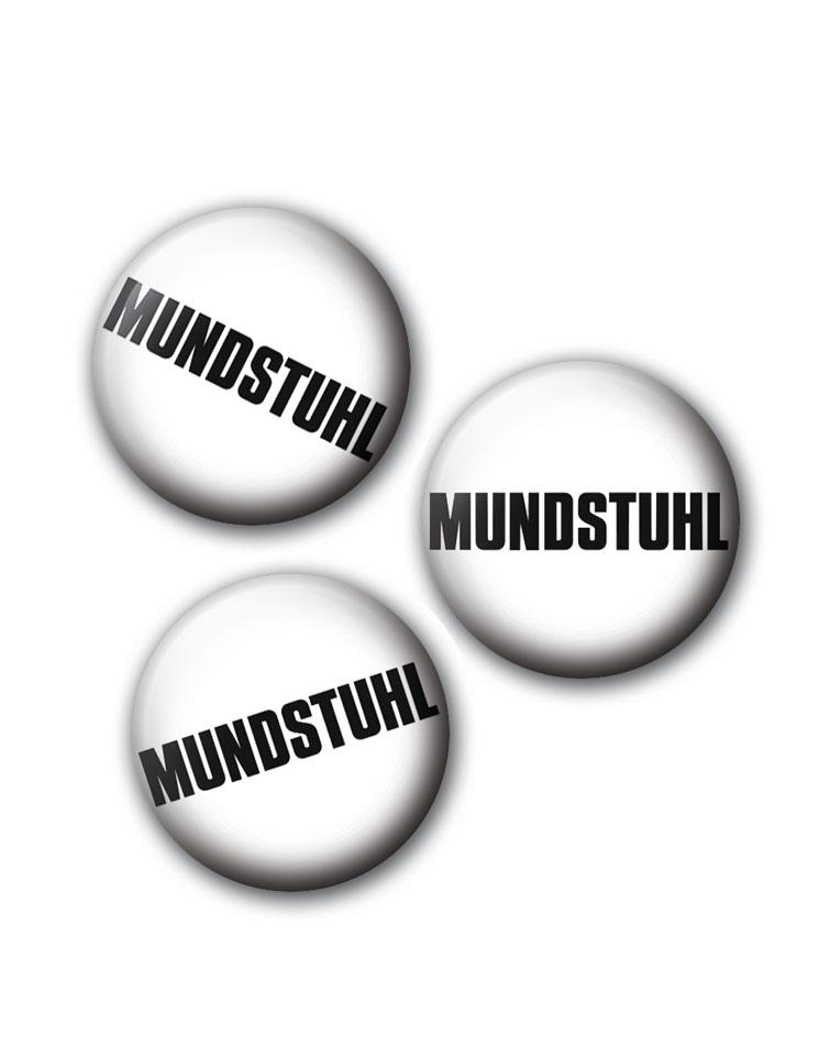 Button - Mundstuhl schwarz auf weiß