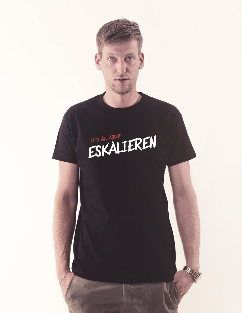 Its all about Eskalieren schwarz