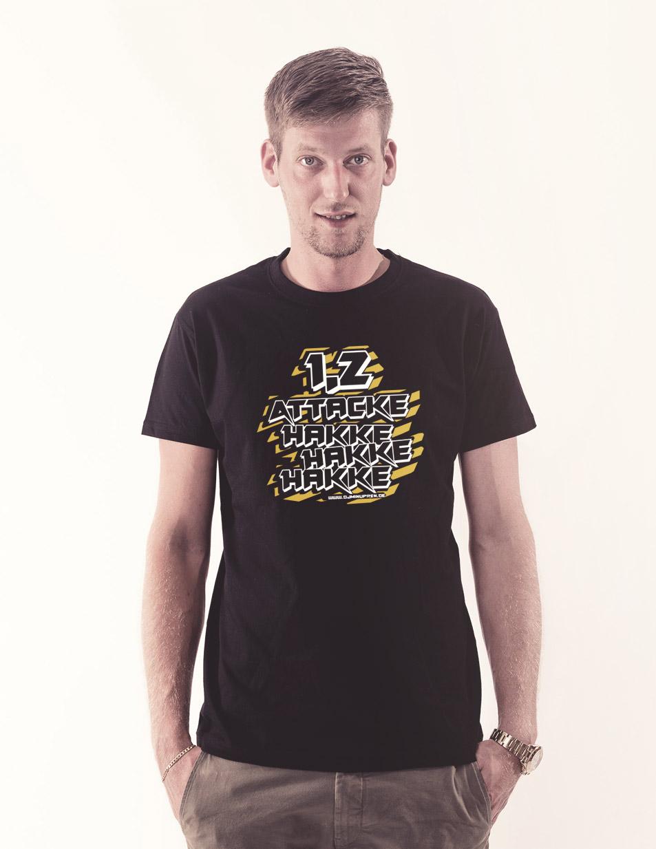 Hakke Hakke Hakke T-Shirt mehrfarbig auf schwarz
