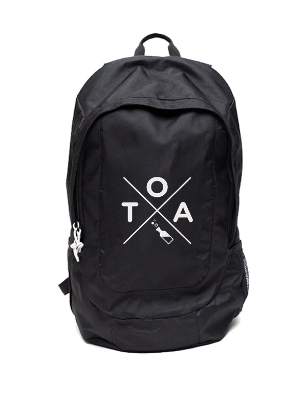 TOA Rucksack weiß auf schwarz