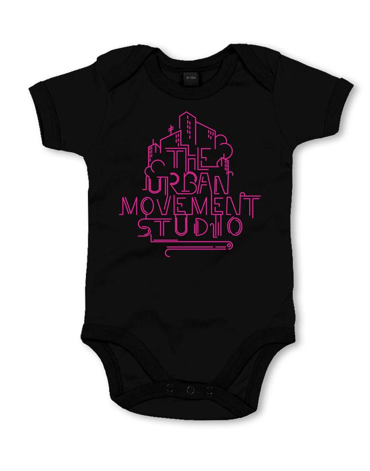 Urban Movement Studio Babystrampler neonpink auf schwarz