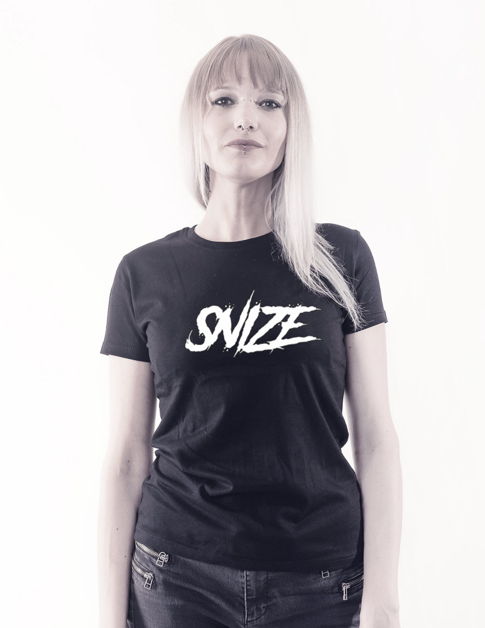 SNIZE Girly T-Shirt